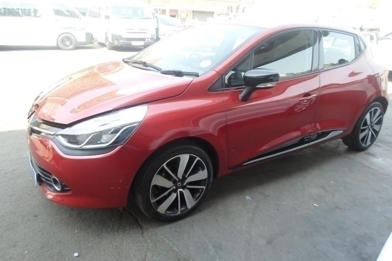 used renault clio 1 2 turbo for sale in gauteng. Black Bedroom Furniture Sets. Home Design Ideas