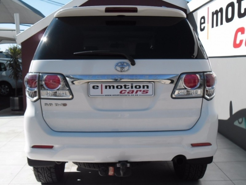 Used Toyota Fortuner 3.0d-4d R/b A/t for sale in Gauteng