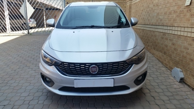 used fiat tipo 1 4 easy 5 door for sale in gauteng id 2640578. Black Bedroom Furniture Sets. Home Design Ideas