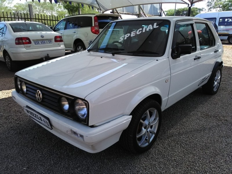 used volkswagen citi chico cash only for sale in gauteng id 2668336. Black Bedroom Furniture Sets. Home Design Ideas