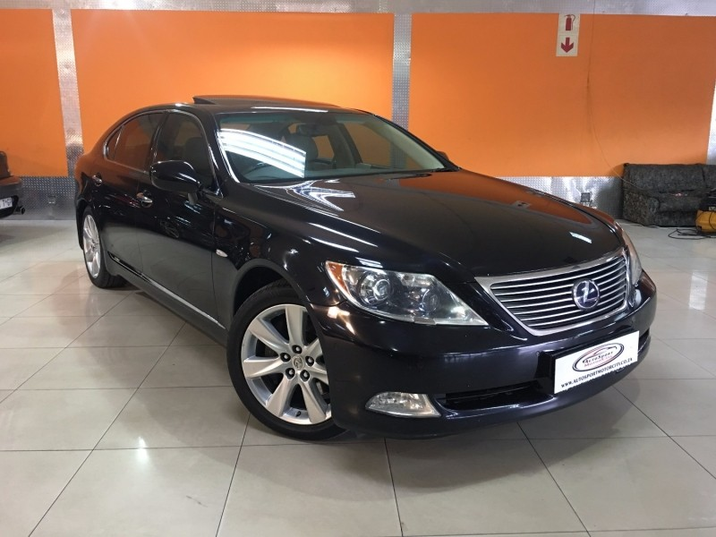 used lexus ls 600h l for sale in gauteng id. Black Bedroom Furniture Sets. Home Design Ideas
