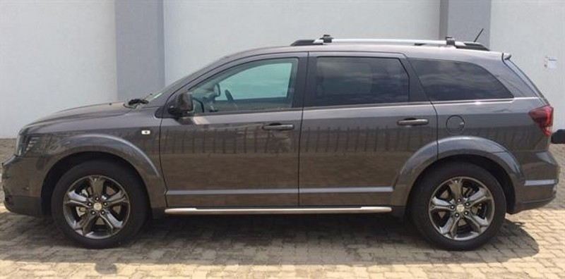 used dodge journey 3 6 v6 crossroad for sale in gauteng id 2670666. Black Bedroom Furniture Sets. Home Design Ideas