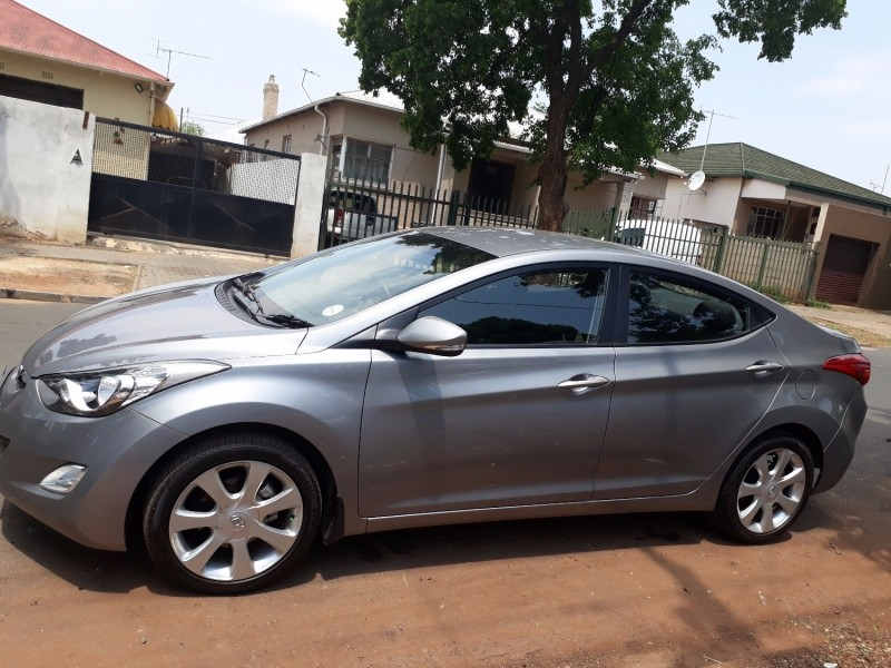 used hyundai elantra 1 8 gls a t for sale in gauteng id 2680604. Black Bedroom Furniture Sets. Home Design Ideas