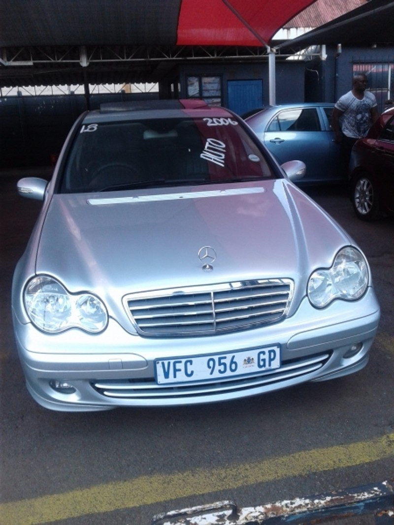 Used mercedes benz c class c 180 elegance for sale in for 2006 mercedes benz c class