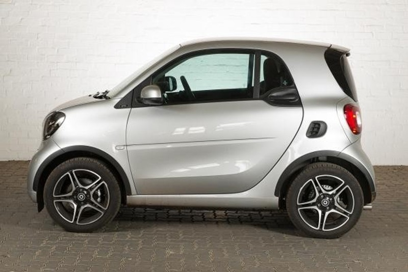 used smart fortwo prime brabus for sale in gauteng id 2728590. Black Bedroom Furniture Sets. Home Design Ideas