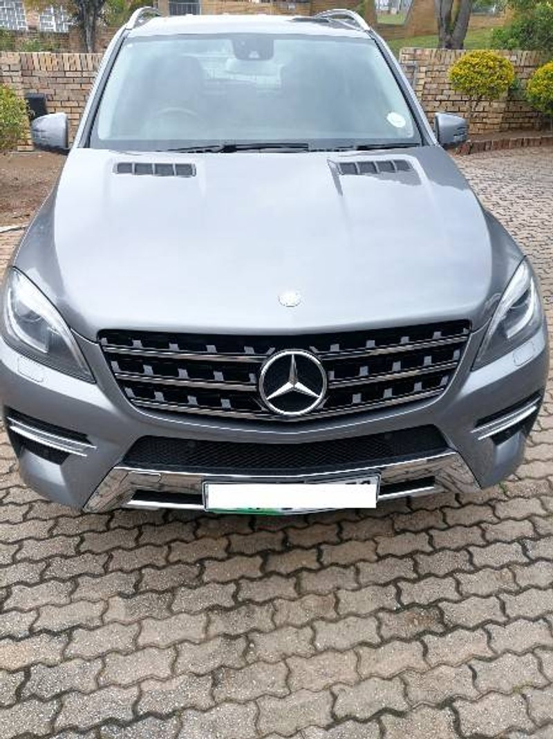 Used mercedes benz m class ml 350 bluetec for sale in for Mercedes benz paint protection package