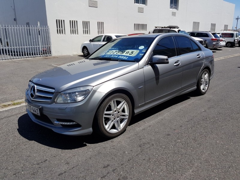 Used mercedes benz c class 2011 mercedes benz c180 blue for Mercedes benz 2011 c300 for sale