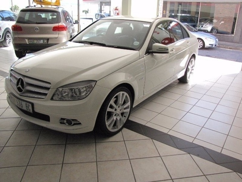 used mercedes benz c class merc c200 kompressor avantgarde. Black Bedroom Furniture Sets. Home Design Ideas