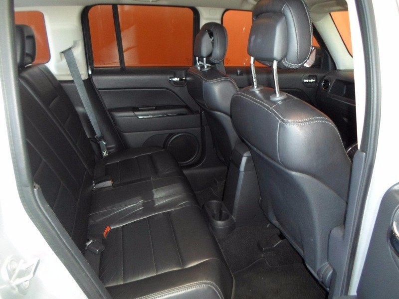 Used Jeep Patriot 2.4 Limited (Awd) A/t for sale in ...