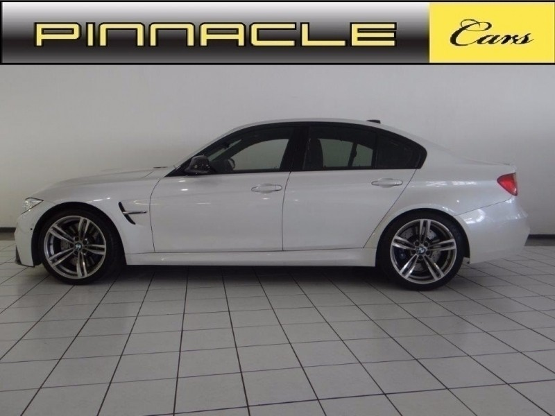 used bmw m3 m dct for sale in gauteng id 2746368. Black Bedroom Furniture Sets. Home Design Ideas