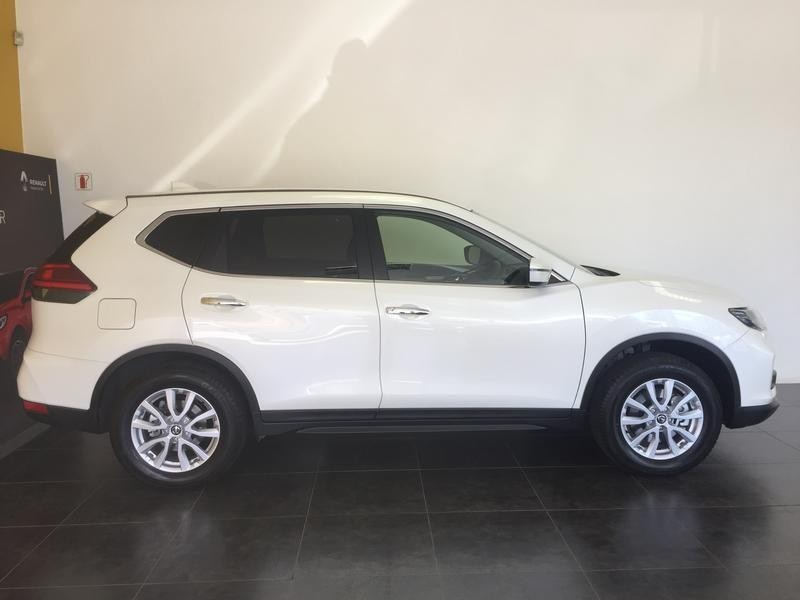 used nissan x trail visia 7s for sale in western cape id 2749534. Black Bedroom Furniture Sets. Home Design Ideas