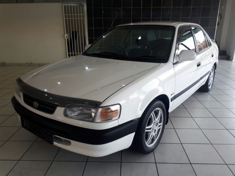used toyota corolla 1 6 rsi for sale in gauteng. Black Bedroom Furniture Sets. Home Design Ideas