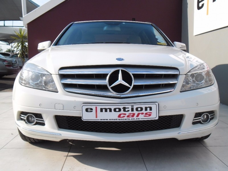 Used mercedes benz c class c200k classic a t for sale in for Mercedes benz c class 2010 for sale