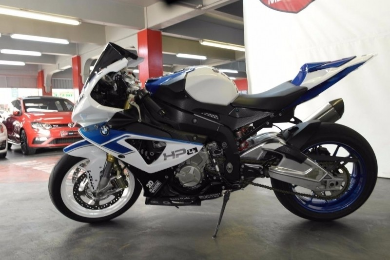 used bmw s1000 2011 bmw s1000rr for sale in gauteng id 2754242. Black Bedroom Furniture Sets. Home Design Ideas