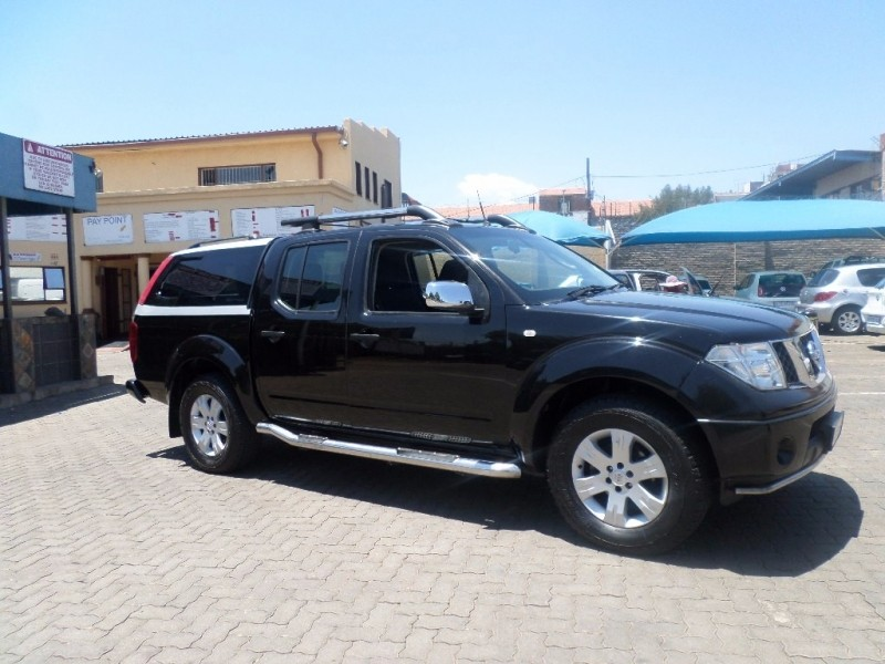used nissan navara 4 0 v6 d cab for sale in gauteng id 2760756. Black Bedroom Furniture Sets. Home Design Ideas