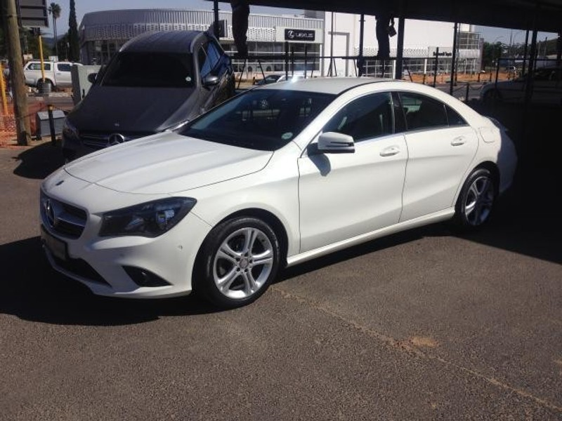 Used mercedes benz cla class cla220 cdi auto for sale in for Mercedes benz cla class for sale