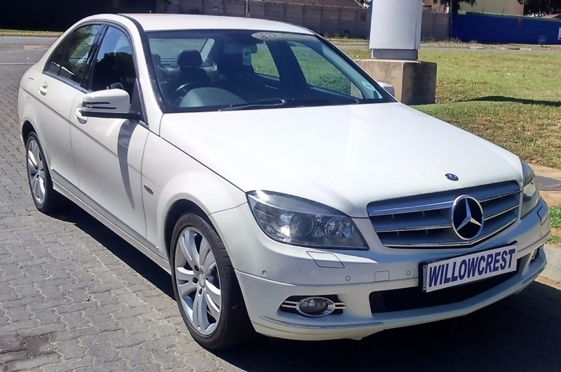 Used mercedes benz c class c300 elegance a t for sale in for 2009 mercedes benz c300 for sale