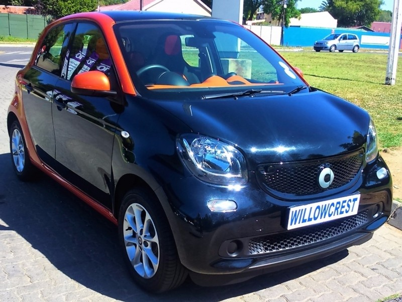 used smart forfour passion for sale in gauteng id 2778246. Black Bedroom Furniture Sets. Home Design Ideas