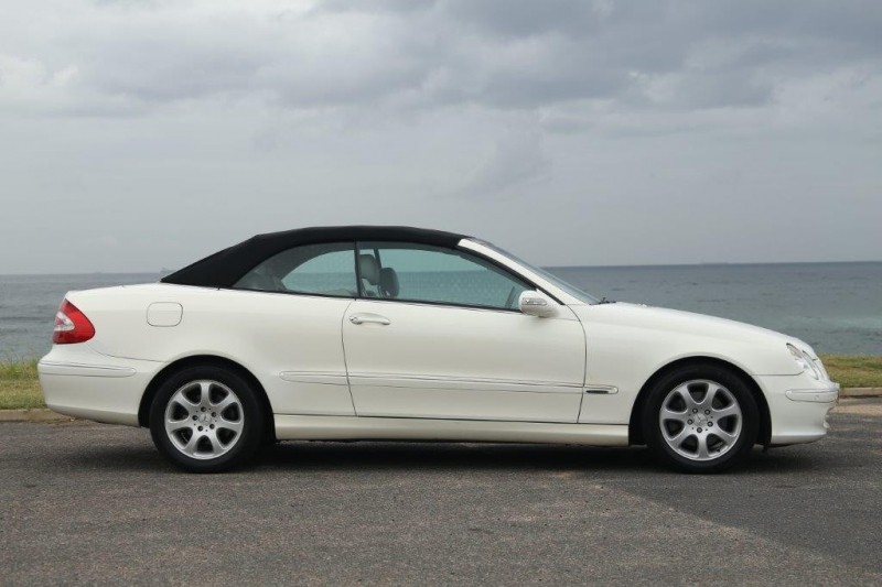 Used mercedes benz clk class clk320 cabriolet for sale in for 2005 mercedes benz clk320 for sale