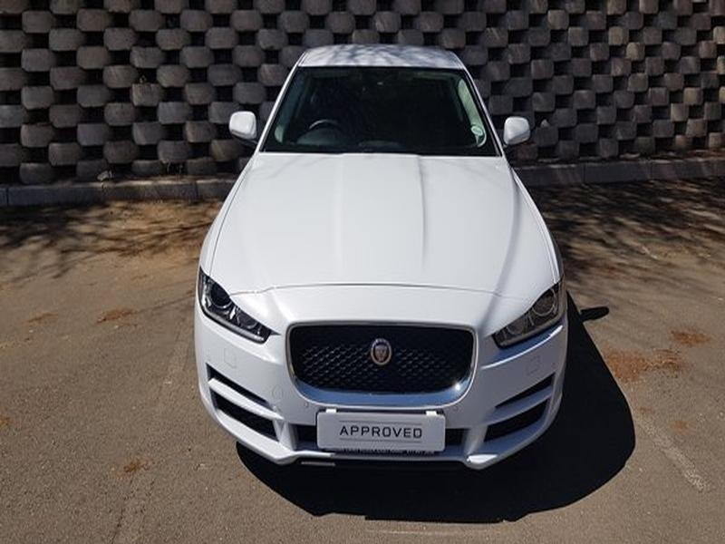 used jaguar xe 2 0 prestige auto for sale in north west province id 2819266. Black Bedroom Furniture Sets. Home Design Ideas