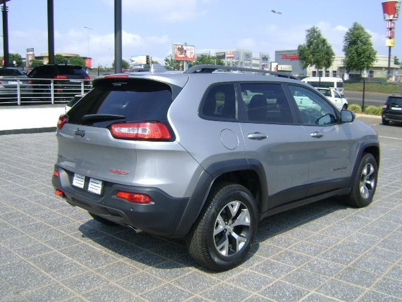 used jeep cherokee 3 2 trailhawk auto for sale in gauteng id 2819808. Black Bedroom Furniture Sets. Home Design Ideas