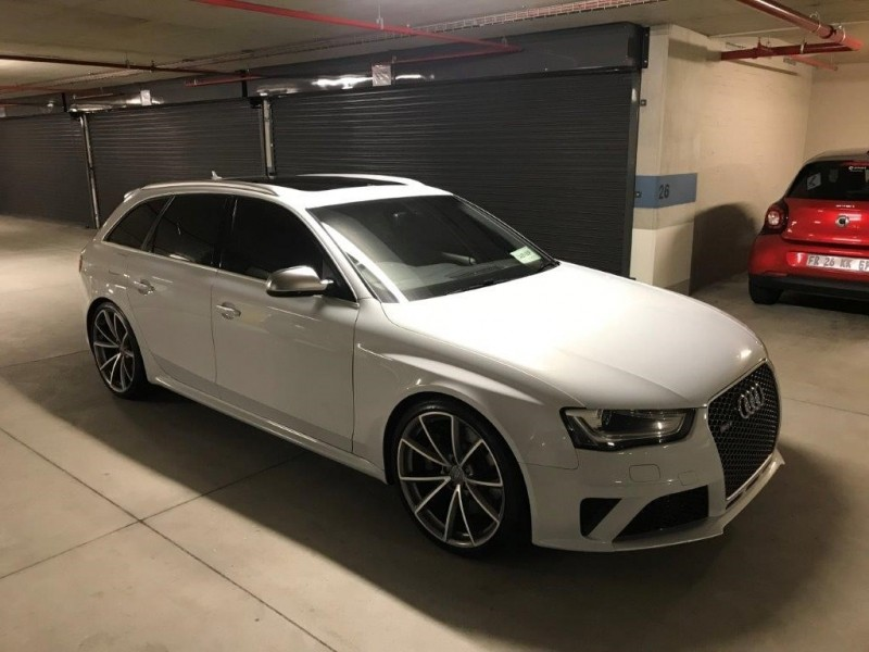 used audi rs4 avant quatt stronic for sale in western cape id 2825392. Black Bedroom Furniture Sets. Home Design Ideas
