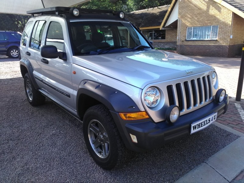 used jeep cherokee 2 8crd renegade a t for sale in gauteng id 2828256. Black Bedroom Furniture Sets. Home Design Ideas