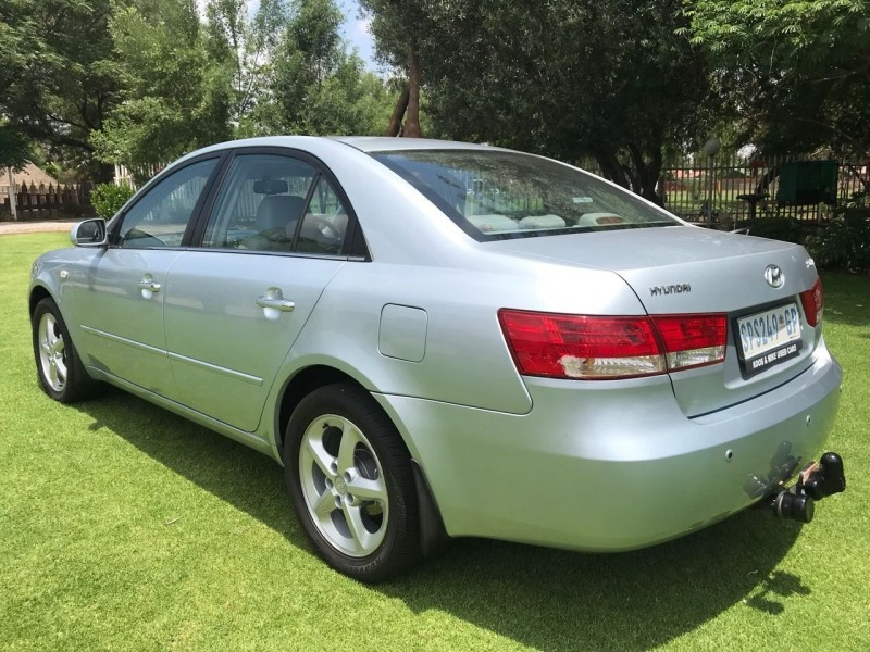 used hyundai sonata 2 4 gls for sale in gauteng id 2830112. Black Bedroom Furniture Sets. Home Design Ideas