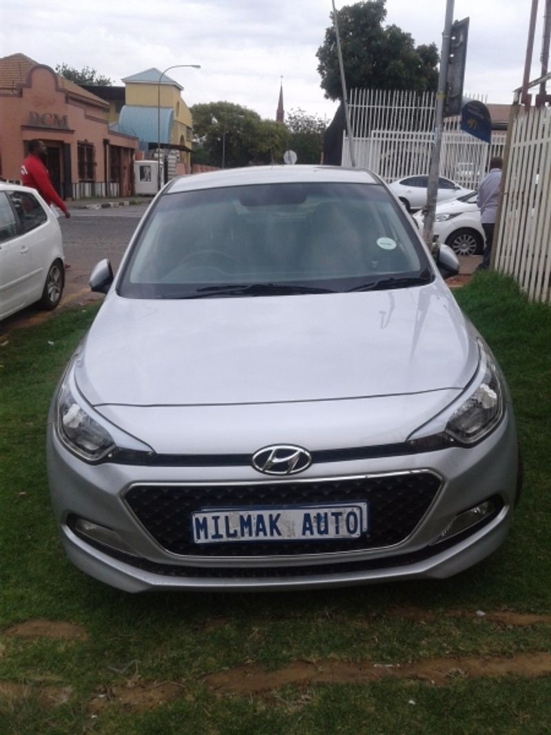 used hyundai i20 1 4 fluid auto for sale in gauteng cars. Black Bedroom Furniture Sets. Home Design Ideas
