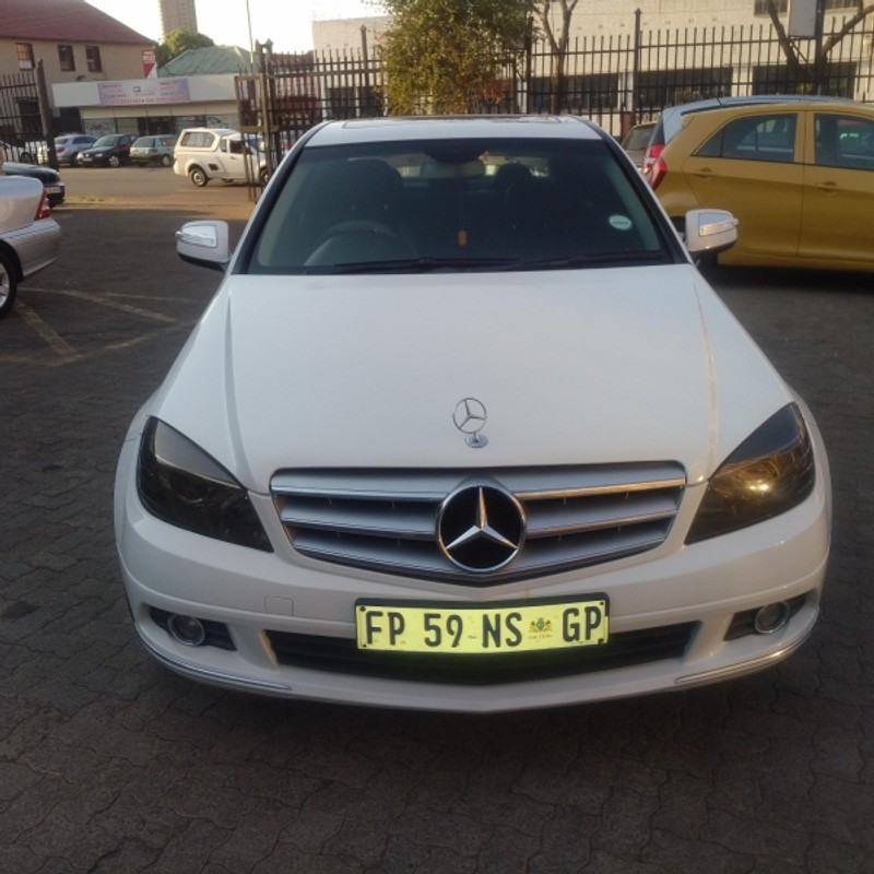 Used mercedes benz c class c220 cdi avantgarde for sale in for Mercedes benz c class used cars for sale