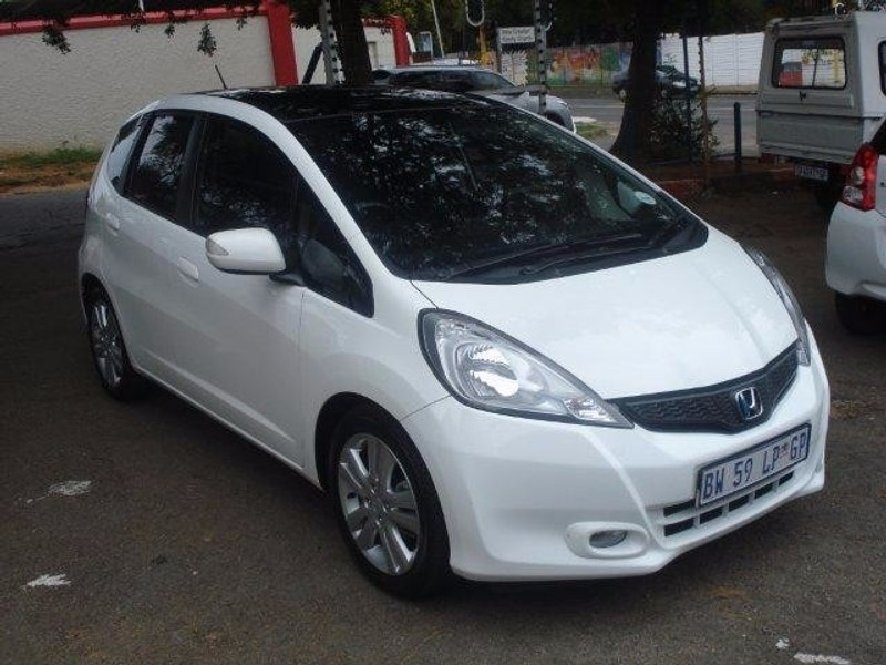 used honda jazz 1 5 executive for sale in gauteng id 2834608. Black Bedroom Furniture Sets. Home Design Ideas