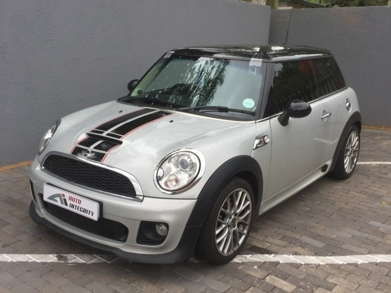 used mini cooper s cooper s jcw kit for sale in gauteng id 2837472. Black Bedroom Furniture Sets. Home Design Ideas