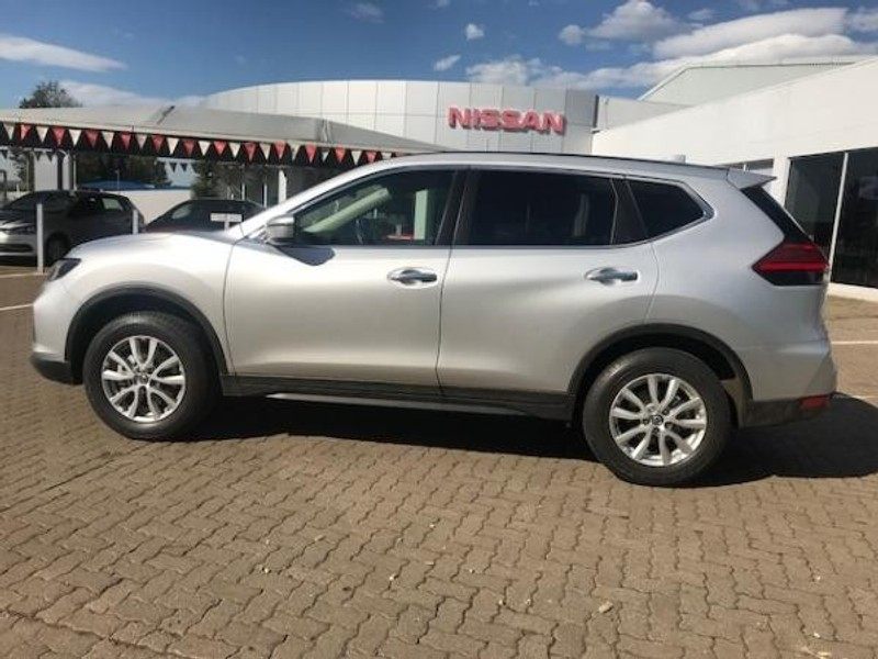 used nissan x trail 2 0 visia for sale in kwazulu natal. Black Bedroom Furniture Sets. Home Design Ideas