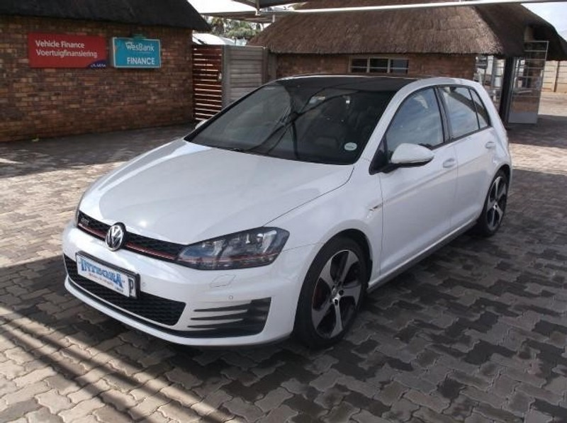 Used Volkswagen Golf Vii Gti 2 0 Tsi Dsg Performance For