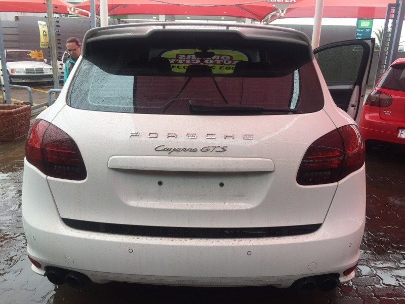 used porsche cayenne gts tiptronic for sale in gauteng id 2842752. Black Bedroom Furniture Sets. Home Design Ideas