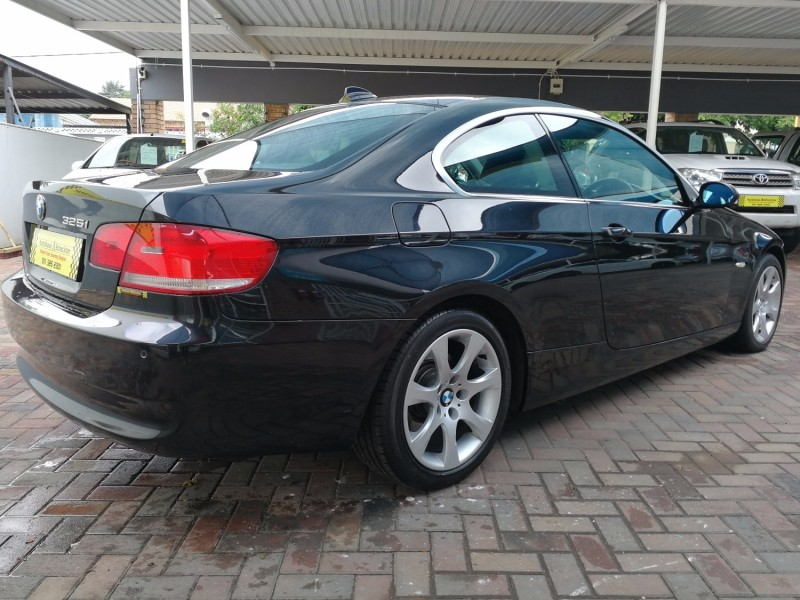 used bmw 3 series 325i coupe a t e92 for sale in gauteng id 2844418. Black Bedroom Furniture Sets. Home Design Ideas