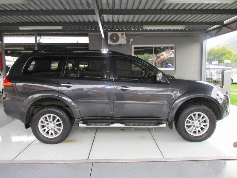 used mitsubishi pajero sport 3 2 di d gls a t for sale in gauteng id 2847482. Black Bedroom Furniture Sets. Home Design Ideas