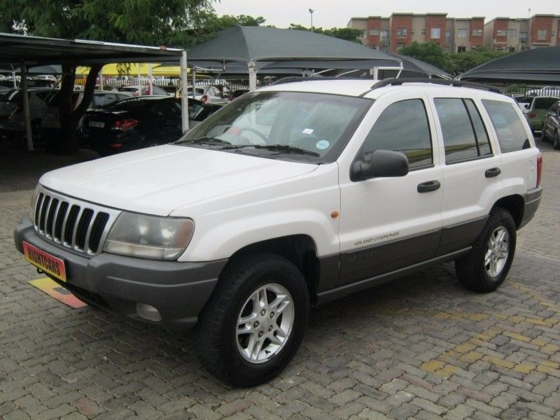 used jeep grand cherokee laredo 4 7 v8 for sale in gauteng id 2848800. Black Bedroom Furniture Sets. Home Design Ideas