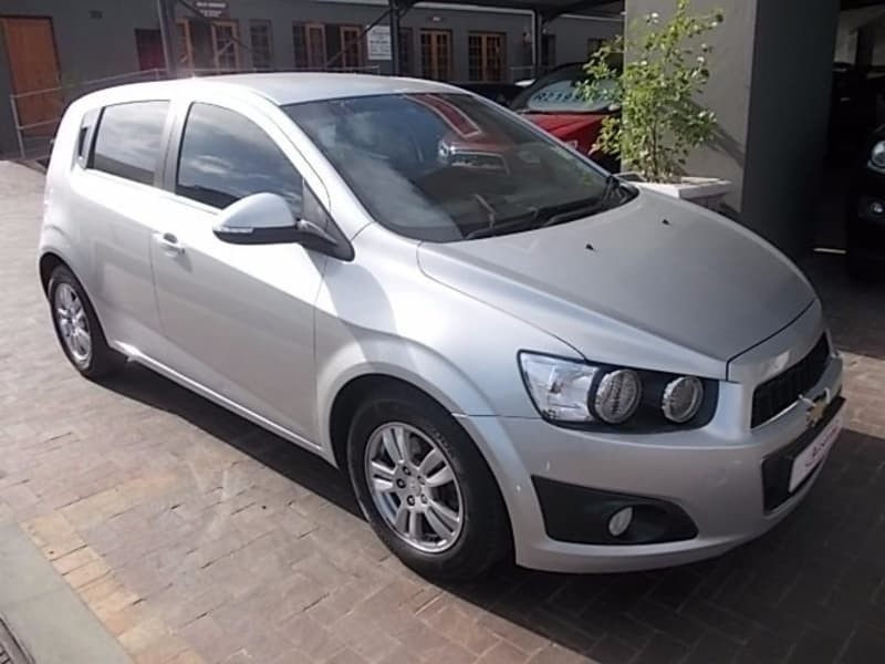 used chevrolet sonic 1 6 ls 5dr for sale in western cape. Black Bedroom Furniture Sets. Home Design Ideas