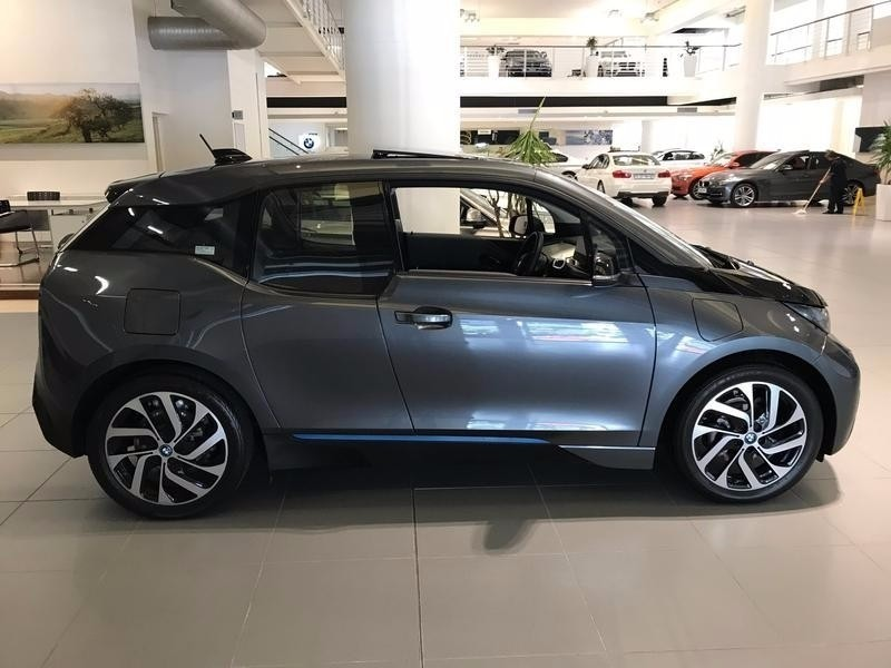 used bmw i3 rex for sale in western cape id 2854102. Black Bedroom Furniture Sets. Home Design Ideas