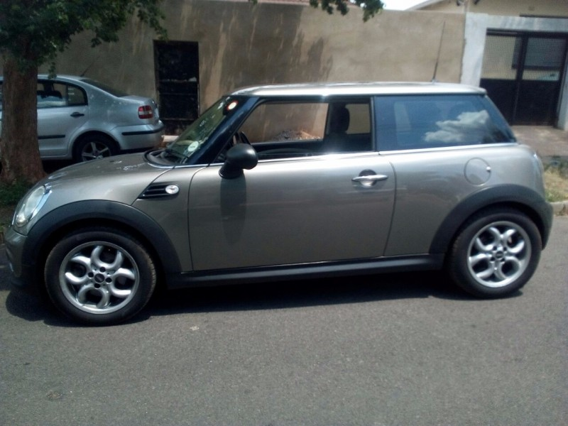used mini cooper for sale in gauteng id 2854516. Black Bedroom Furniture Sets. Home Design Ideas