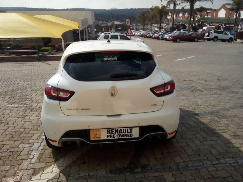 used renault clio iv 1 6 rs 220 edc trophy for sale in gauteng id 2858006. Black Bedroom Furniture Sets. Home Design Ideas
