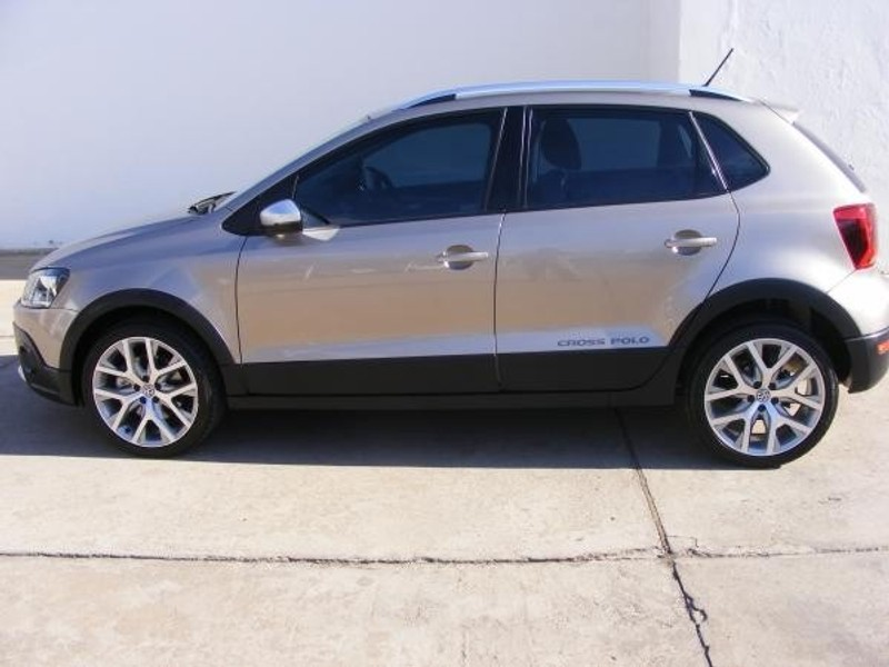 used volkswagen polo cross 1 2 tsi for sale in western cape id 2858424. Black Bedroom Furniture Sets. Home Design Ideas