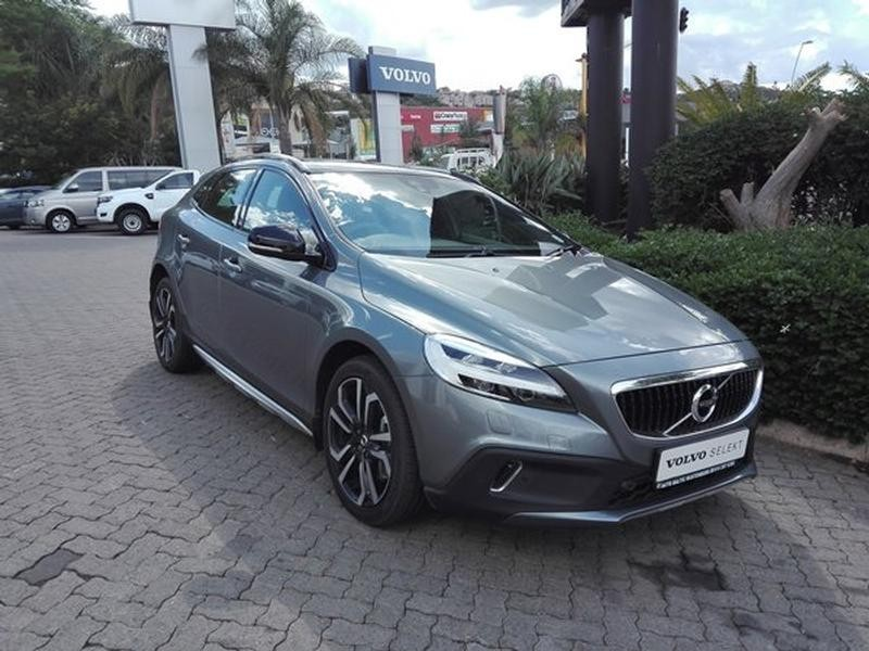 used volvo v40 cc d4 inscription geartronic for sale in north west province id. Black Bedroom Furniture Sets. Home Design Ideas