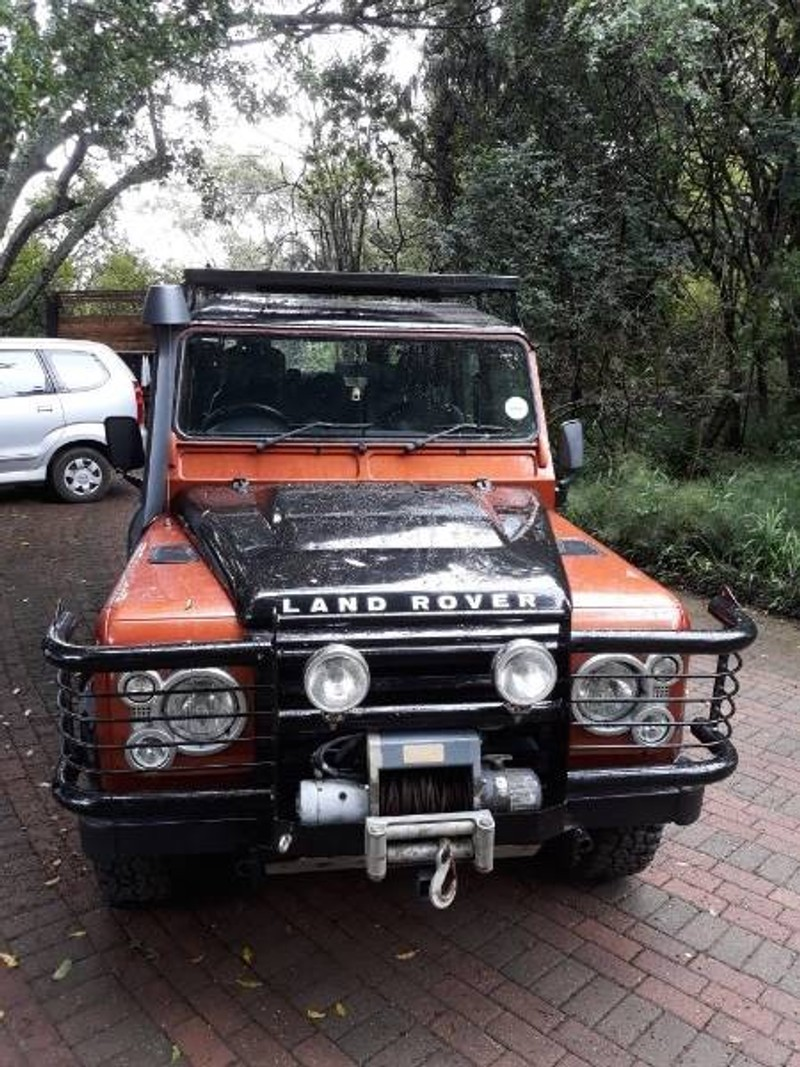 used land rover defender 110 fire and ice sw for sale in kwazulu natal id 2860720. Black Bedroom Furniture Sets. Home Design Ideas