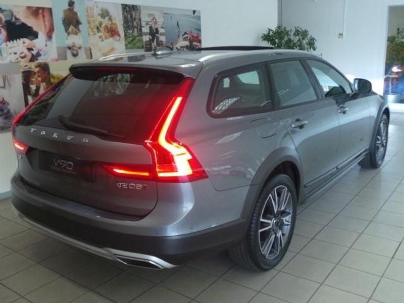 Used Volvo V90 Cc D5 Inscription Geartronic For Sale In