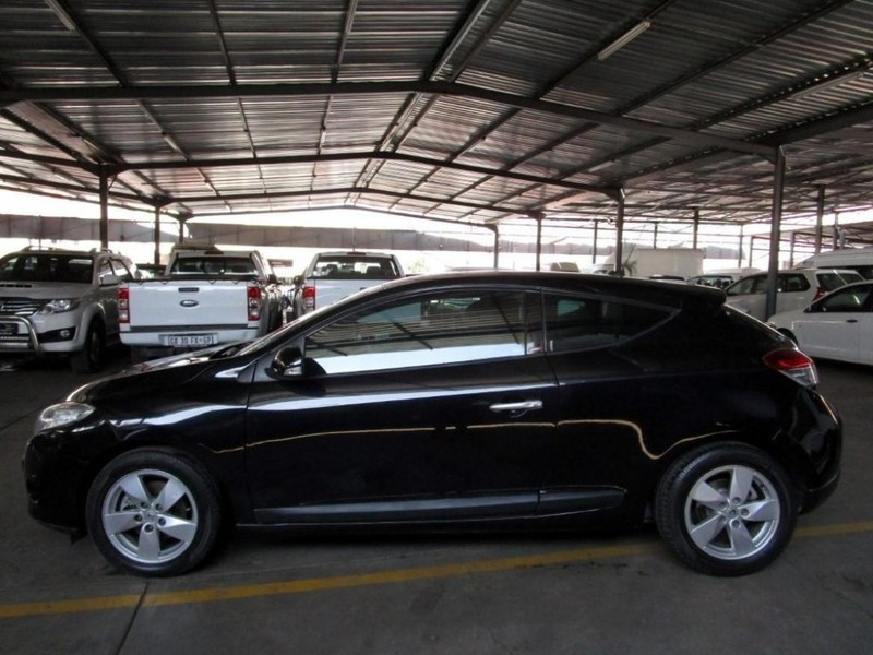used renault megane iii 1 6 dynamique coupe for sale in gauteng id 2879482. Black Bedroom Furniture Sets. Home Design Ideas