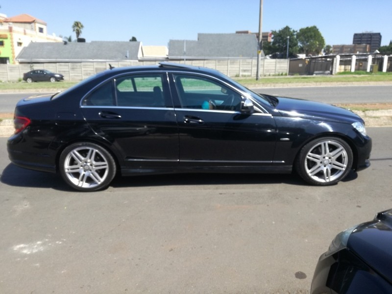 Used mercedes benz c class cash only for sale in gauteng for 2008 mercedes benz c class for sale