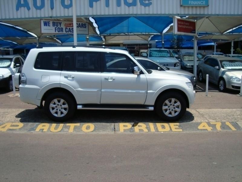 Used Mitsubishi Pajero 3 2 Di Dc Gls A T For Sale In