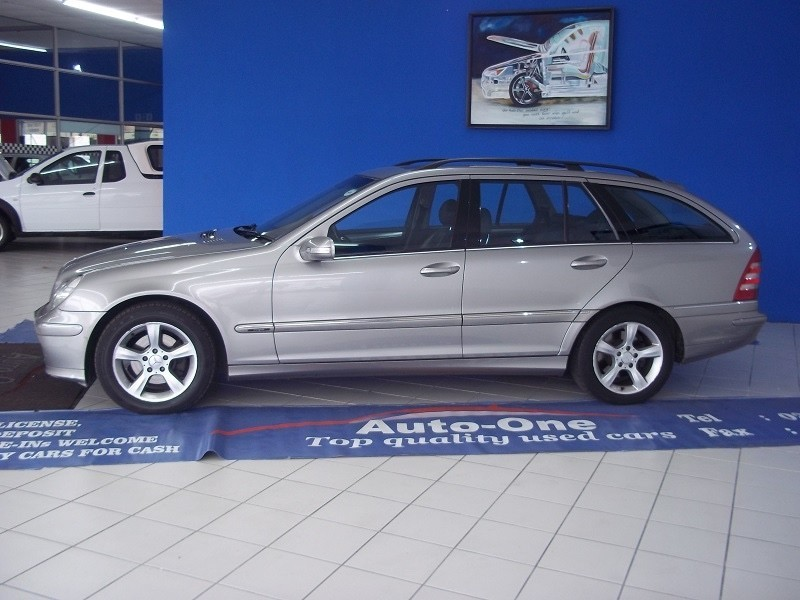 used mercedes benz c class c 220 cdi estate classic sport at for sale in western cape. Black Bedroom Furniture Sets. Home Design Ideas